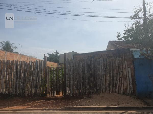 LEILÃO DE IMÓVEL